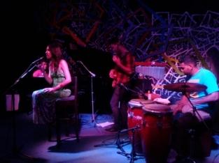 En el Iris Jazz Club, con su grupo